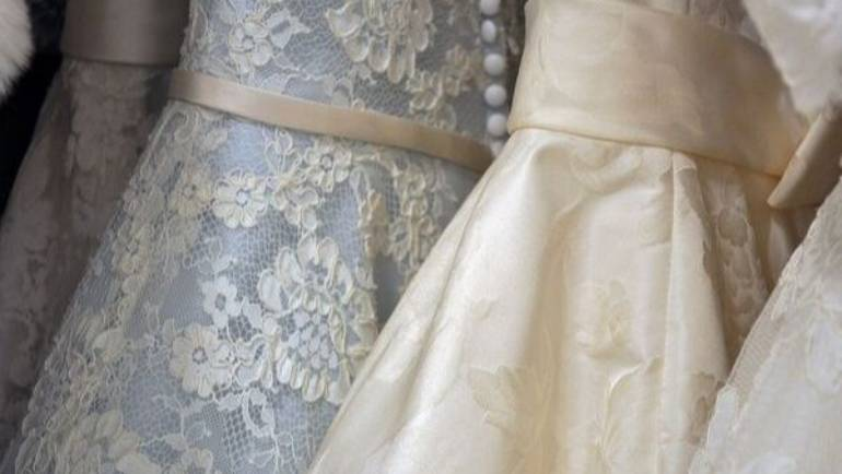 Un amore a prima vista: come si sceglie l'abito da sposa ?
