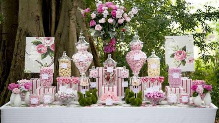 Confetti e confettata: la dolce tradizione del matrimonio