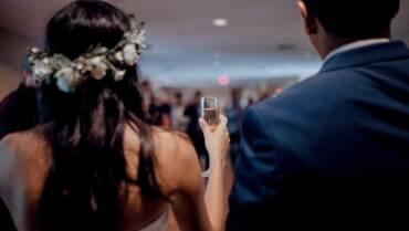 Come aiuto le coppie a organizzare il proprio matrimonio [intervista audio]